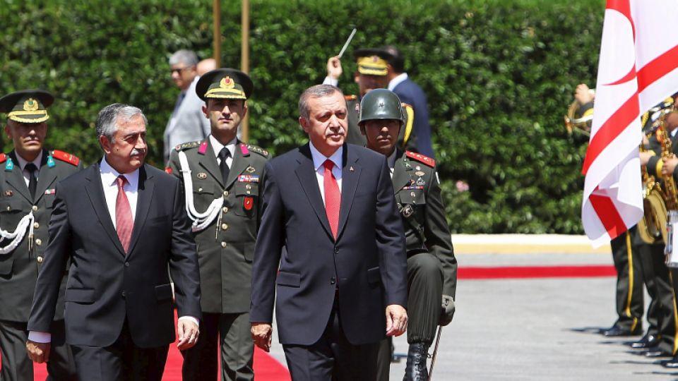 trtworld-4803-erdogan-urges-cyprus-leaders-settle-peace-island-reuters