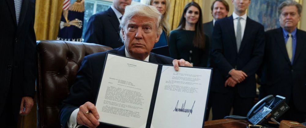 trump-obama-dapl-dakota-access-oleodotto-keystone-xl-nativi-protesta-ecologisti-ambientalisti-standing-rock-decreto-presidenziale-repubblicani