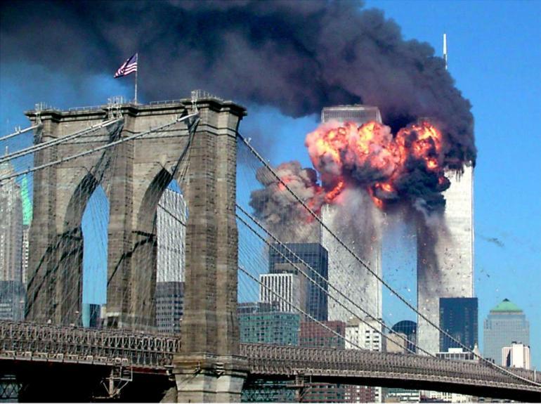 47292-attacchi-terroristici-dell-11-settembre-2001.jpg
