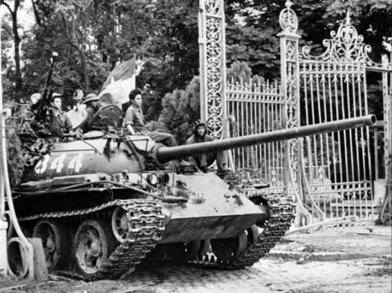 c68dab4d-45b0-49f4-b93b-e652967ea4cbvietnam tank saigonMedium
