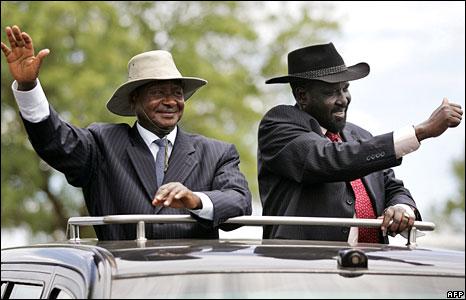 Museveni-Kiir-Car-Waving